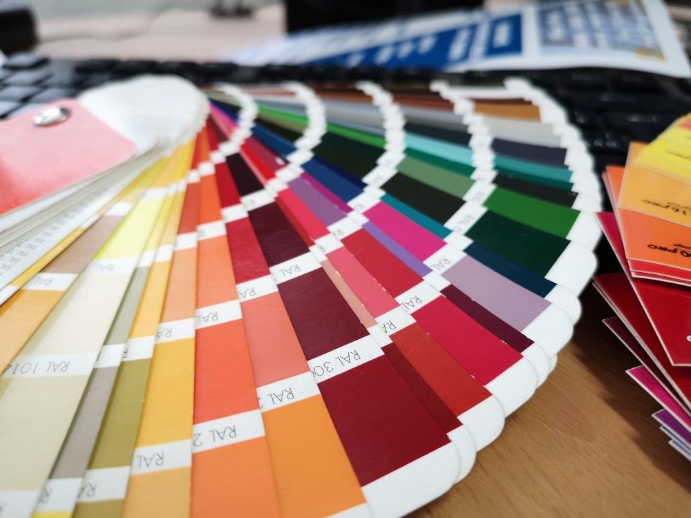 Vyberte si z široké palety barev české značky SIBAR